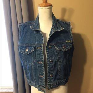 Bill Blass vest Size Medium